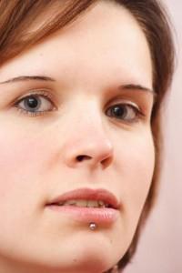 Lippenpiercing Unterlippe